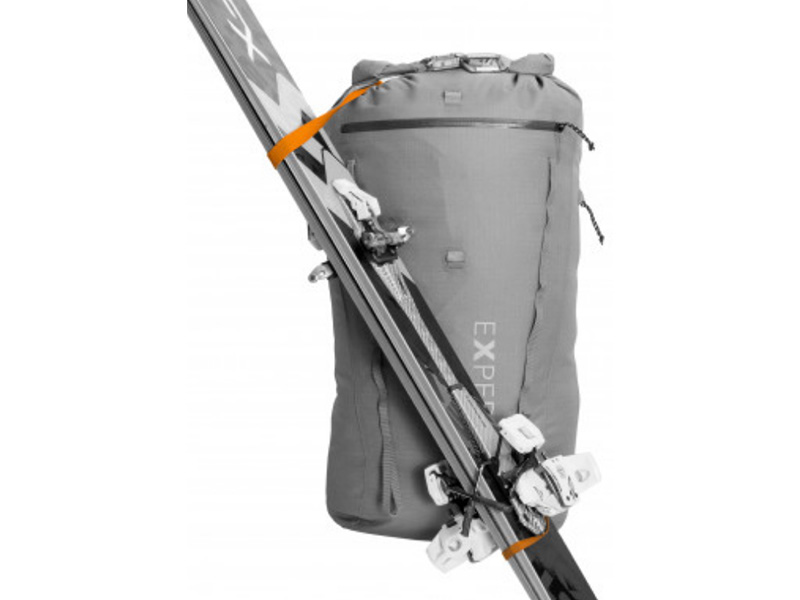 skibefestigung-am-rucksack.jpg